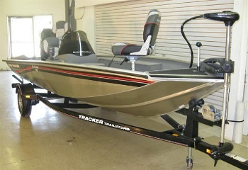 fishing boat auction